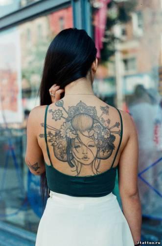 Шикарная тату на спине Японка с прической